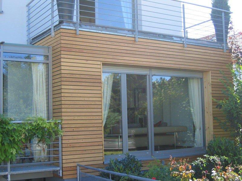 Very Wohnhäuser-Neubau mit Holzfassade aus sibirischer Lärche LA14